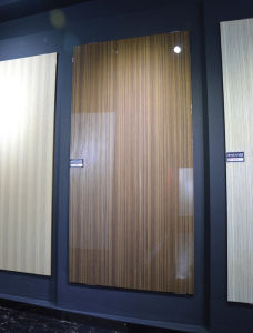 Laminated MDF Board High Gloss MDF with UV Coating (zh3947) pictures & photos