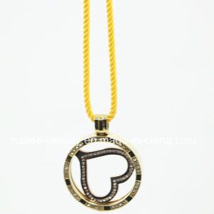 Stainless Steel Coin Pendant Necklace pictures & photos