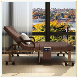 Easy Rollaway Folding Cot with 360-Degree Wheels pictures & photos