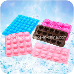 Different Animal Shape LFGB Standard Silicone Cake Mould pictures & photos