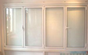 Double Glazed Low E Glass Arc PVC/UPVC Casement Shutter Window pictures & photos