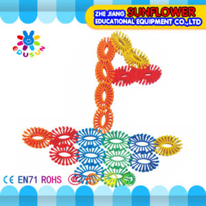 Children Plastic Desktop Toy Gear Building Blocks pictures & photos