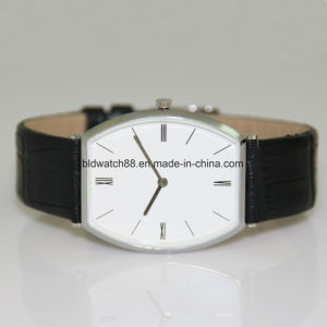 Swiss Movement Men′s Sport Wrist Watch with Silicone Rubber Band pictures & photos