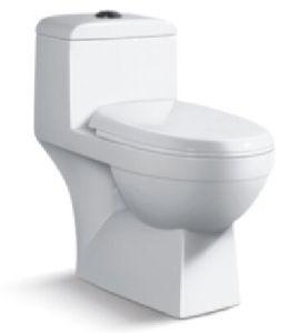 Siphonic One-Piece Toilet Economic/S-Trap 300mm Toilet pictures & photos