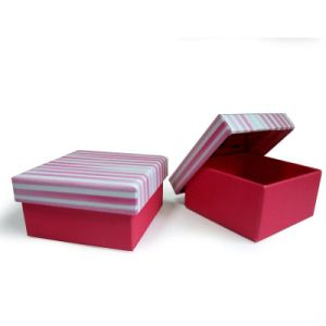 Custom Paper Box/Corrugated Box Printing for Jewelry/Chocolate/Cosmetic Gift Packaging pictures & photos