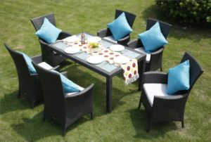 Rattan Chair Furniture Rattan Dining Table Set pictures & photos