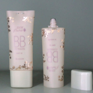 Rose Gold Cosmetic Plastic PE Packing White Tube for Body Lotion pictures & photos