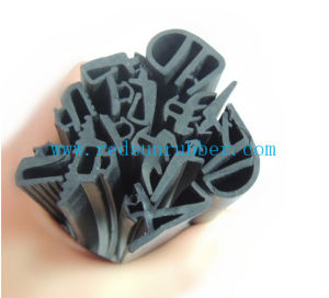 OEM Rubber Extrusion pictures & photos