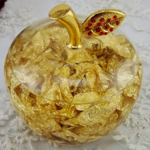 Gold Acrylic Crystal Lovely Christmas Craft Christmas Eve Little Apple pictures & photos