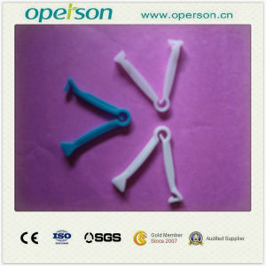 Ce Approved Disposable Umbilical Cord Clamp pictures & photos