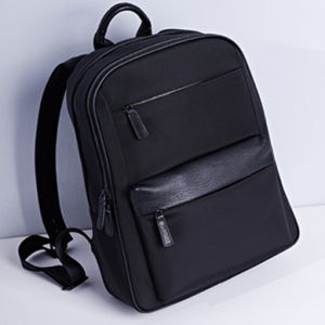 Fashion Handsome Unique Laptop Backpack with Double Shoulder pictures & photos