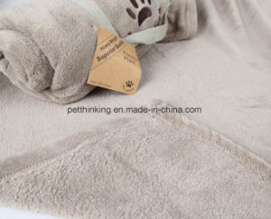 Coral Velvet Material Warm Embroidery Pet Blanket pictures & photos