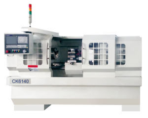 CNC-Lathe-with-Flat-Hardened-Rail EK6136X750 pictures & photos