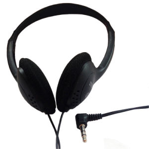 3.5mm Wired Headphone with High Quality Cheap Price pictures & photos