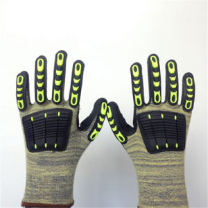 Altrathin Foam Nitrile Coated Kevlar Gloves with Sponge&TPR Sewing pictures & photos