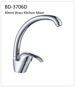 Bd3706D 40mm Brass Single Lever Kitchen Faucet pictures & photos