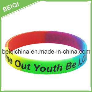 Personalized Rubber Wristbands pictures & photos
