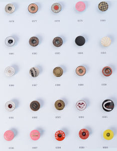 Iron Jeans Buttons pictures & photos