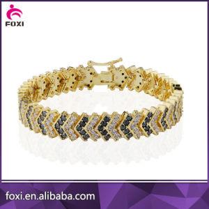 Elegant Jewelry Design Flower Shape Stones Bracelet for Women pictures & photos