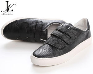 Black Magic Buckle Leather or PU Casual Shoes (CAS-037) pictures & photos