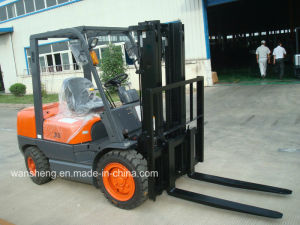 Factory Supply Competitive Price 3.5ton Diesel Forklift Truck/3500kg Forklift pictures & photos