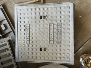 Square Frame Sand Casting Iron Manhole Cover for Light Weight pictures & photos