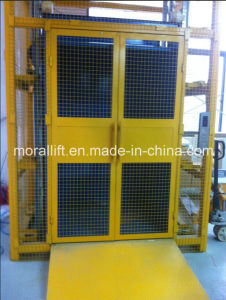 Cargo Elevator with Safety Landing Door pictures & photos