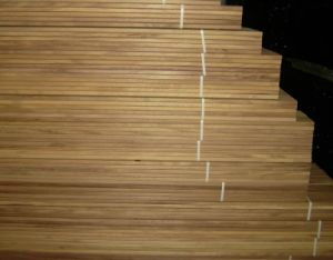 Most Popular Natural Wood Hardwood Outdoor Decking pictures & photos