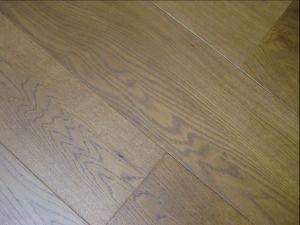 Engineered Hardwood Floor/ Oak Wood Flooring pictures & photos
