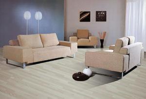 Woodgrain HDF Laminated Flooring AC4 E1 pictures & photos