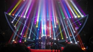 15r 330W PRO Moving Head Beam Sharpy Stage Lighting (HT-330Beam) pictures & photos