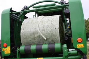 Bale Wrap Net Replacement Barrier Film Inside Silage Bales Bale Tite Silagetite pictures & photos