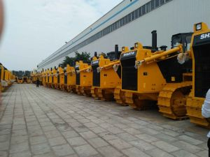 China Shantui Bulldozer SD32 with Best Price pictures & photos