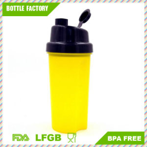 700ml/24oz Custom PP Protein Shaker Bottle with Strainer pictures & photos