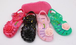 PVC Shoes with Bowknot Decoration Jelly Shoes ( pictures & photos