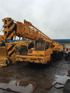 Used Tadano 25t Truck Crane Tl250e Original Japan pictures & photos
