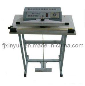 Plastic Bag Sealing Packaging Machine for Tissue Paper (XY-AI-398-C) pictures & photos