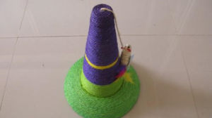 Green and Purple Sisal Pillar Cat Toys pictures & photos