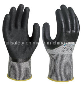 Knuckle Dipping Safety Glove with Sandy Nitrile (ND8062) pictures & photos