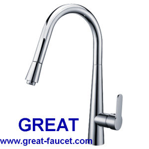 Brass Pull-out Kitchen Sink Tap and Faucet (GL90104A104) pictures & photos