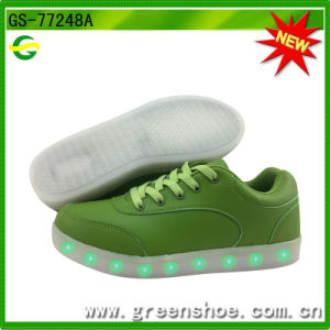 Factory Wholesale LED Shoes with Remote Control Supplier pictures & photos