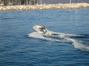 Inflatable Boat 3.3m With 4-Stroke 15HP Outboard Motor pictures & photos