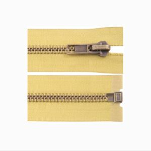 Best Quality and Best Price Garment Metal Zipper 3# 5# 8# pictures & photos