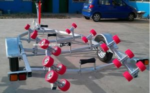 Boat Trailer with Rollers (TR0228) pictures & photos