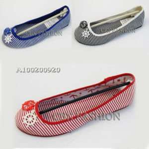 Fashion Strip Canvas Fabric Flat Heel Women Shoes (A100200920)