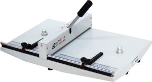 Manual Creasing Machine (DC-12)