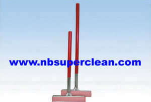 Wood Handle Rubber Squeegee with Sponge (CN1709AB) pictures & photos