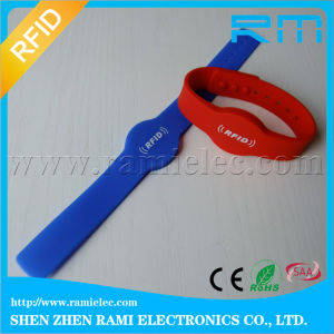 Cheap Price 125kHz Silicone Wristband for Women Size for Activities pictures & photos
