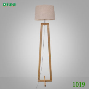 Modern Home Wood Lighting Study Lighting Floor Lamp Light/Floor Lighting pictures & photos