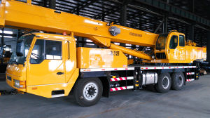 Truck Mobile Crane pictures & photos